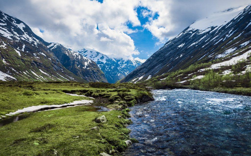 montaña rio