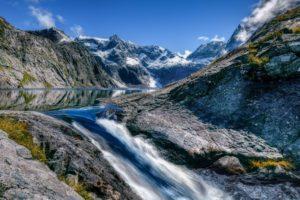 agua mineral montañas